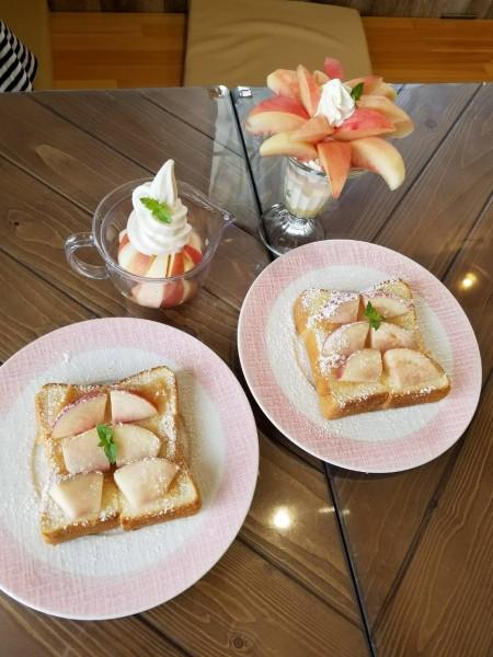 生桃トースト
