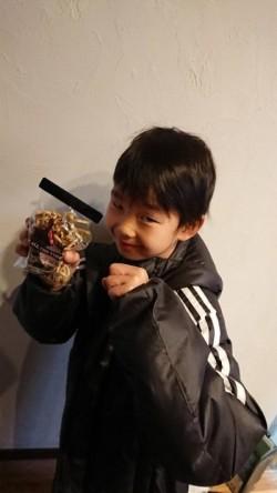 息子もチョコレートもらいました!