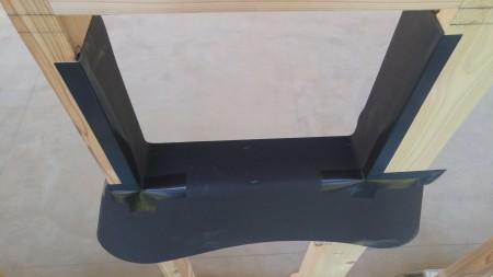 窓台とまぐさ間柱