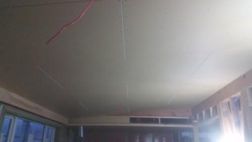 勾配天井貼り