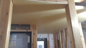 天井のボード張り