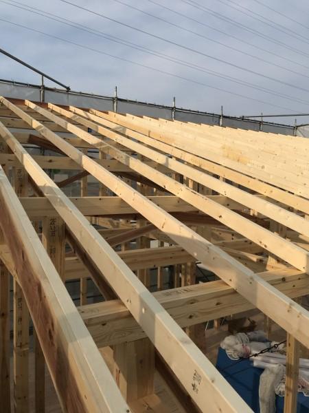 屋根の垂木作業