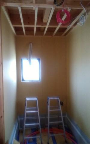 風呂周りの天井ボード貼り