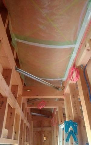 天井断熱施工完了