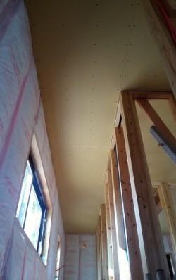 二階天井ボード貼り