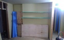 キッチン裏の固定棚取り付け