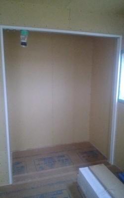 各部屋の枕棚施工