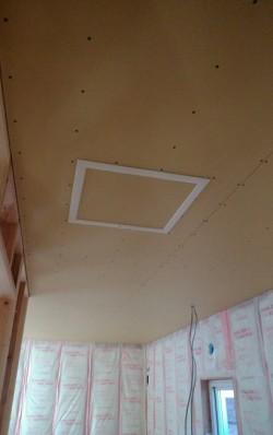 天井点検口も取り付けました!