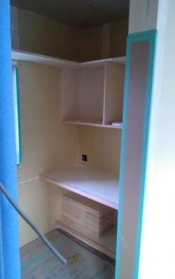 書斎部屋の本棚施工