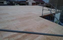 屋根地施工