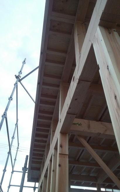 破風板を一周ぐるっと施工