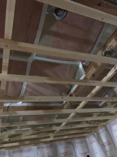 天井プラスターボード貼り