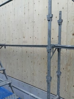 外回りの耐力壁施工