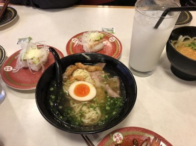 『はま寿司』で食事
