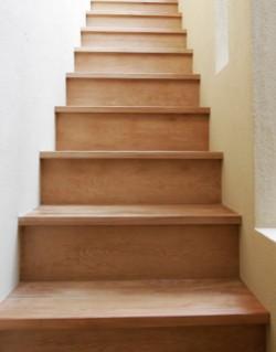 まっすぐな階段